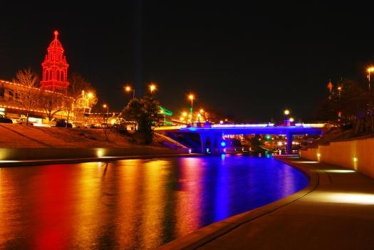 plaza_night